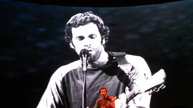 photo of Jack Johnson live in concert at the UC Berkeley Greek Theatre - October 6 2010