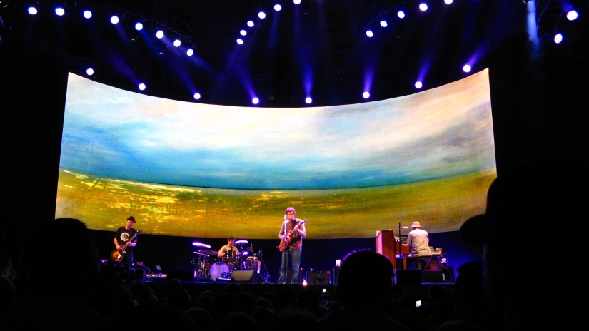 photo of Jack Johnson and band in concert at the UC Berkeley Greek Theatre - October 6 2010
