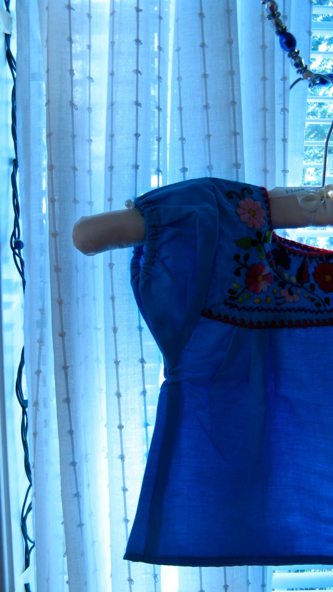 mexican little girl's dress/shirt from oaxaca, mexico