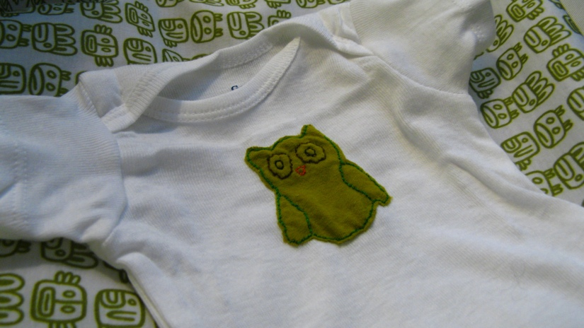 appliqued upcycled tshirt green embroidered fabric owl on baby onesie