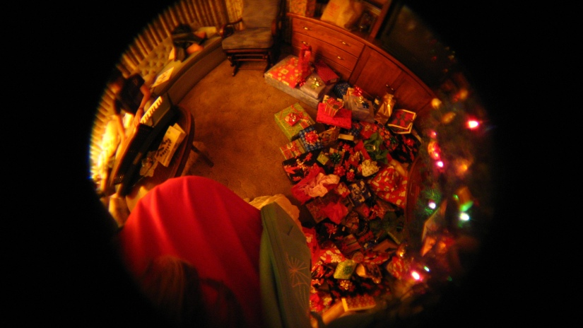 christmas at grandma's! -- my almost 38 weeks stomach and presents
