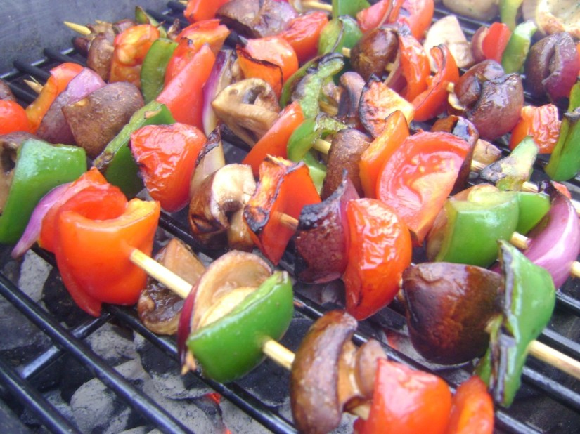 Guest Blog - Vegetarian Foodie and Blogger Carolina from Peas in a Blog - Safely cooking for friends with food allergies - image of shish-ka-bobs on skewer