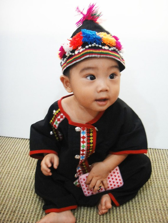 Hmong Children's Clothes via AsiaMade2Order on Etsy