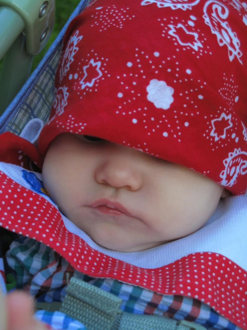 Aveline falling asleep