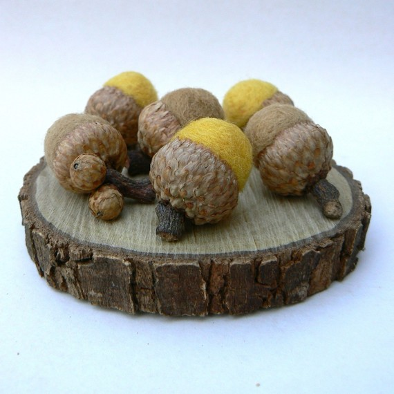 Felted Acorns via Fairyfolk on Etsy