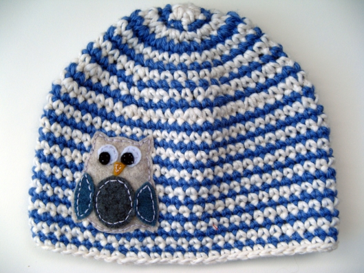 HAT W TAN OWL Bamboo, Wool, and Cotton - Boy's Owl Hat - Blue and Cream with Tan Owl