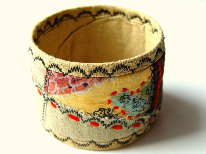 Embroidered Quilted Silk Bracelet by BozenaWojtaszek on Etsy