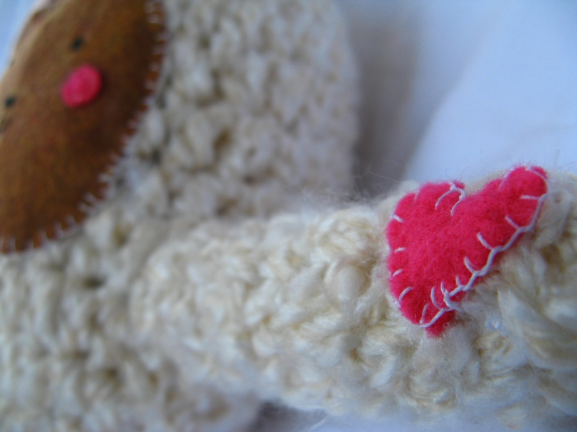 Kawaii Plush Creature - Bear with Open Hugging Arms with Heart 2