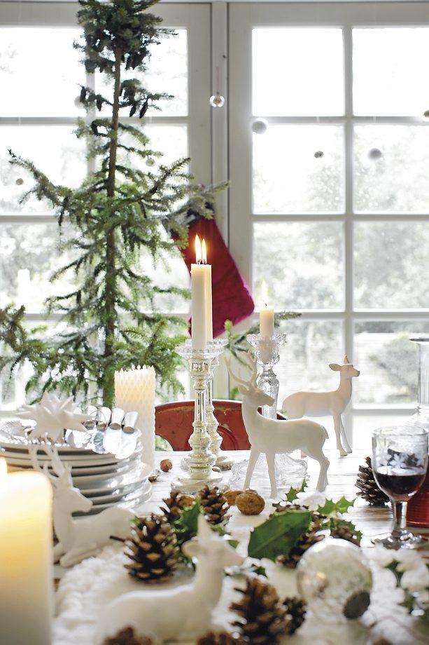 Lantliv Magazine Frederikke Heiberg photo - tablescape - Scandinavian Christmas