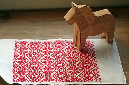 swedish weaving via kstyleshonan on ravelry