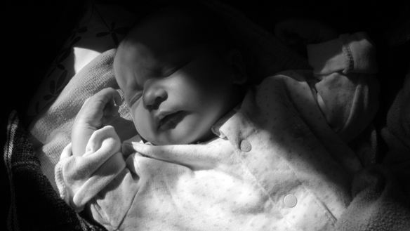 2-Widescreen baby portrait in black and white