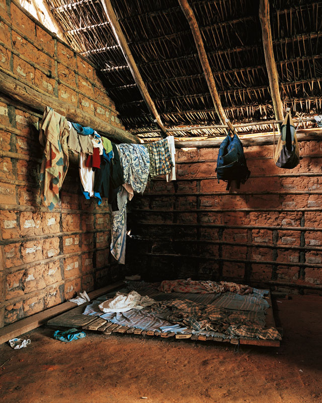 Ahkohxet, 8, Amazonia, Brazil - Where Children Sleep James Mollison