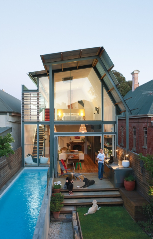 Australian modern glass house - in Dwell magazine