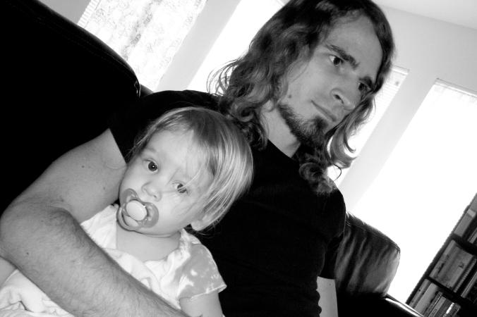 Spontaneous father-daughter portrait - photo via Oaxacaborn dot com