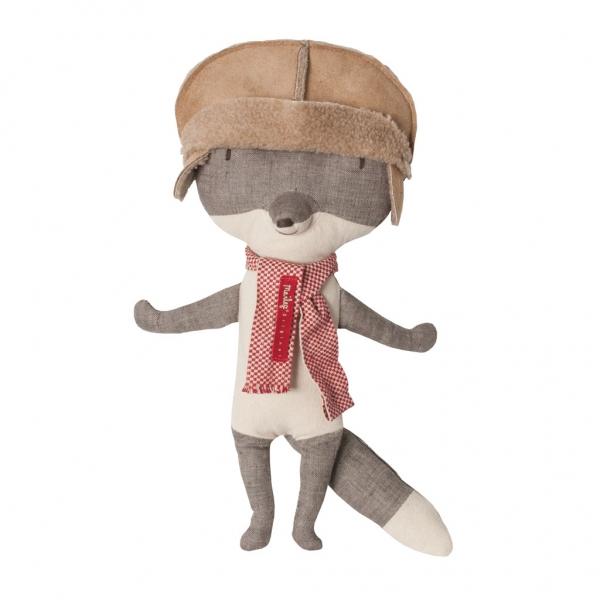 Plush Fox by Maileg via Designer Leg dot DK