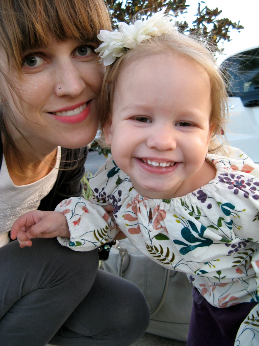 Aveline and Gina - Mother and Daughter on Oaxacaborn blog
