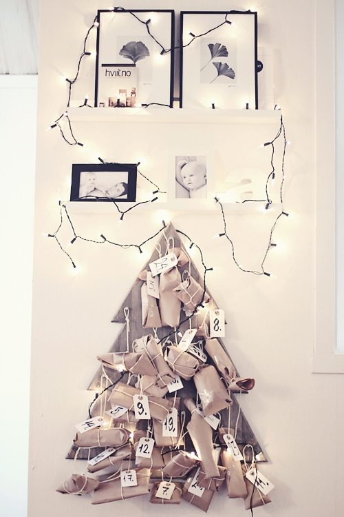 Packages on Wooden Tree - Advent Calendar via Noe Pa Hjertet