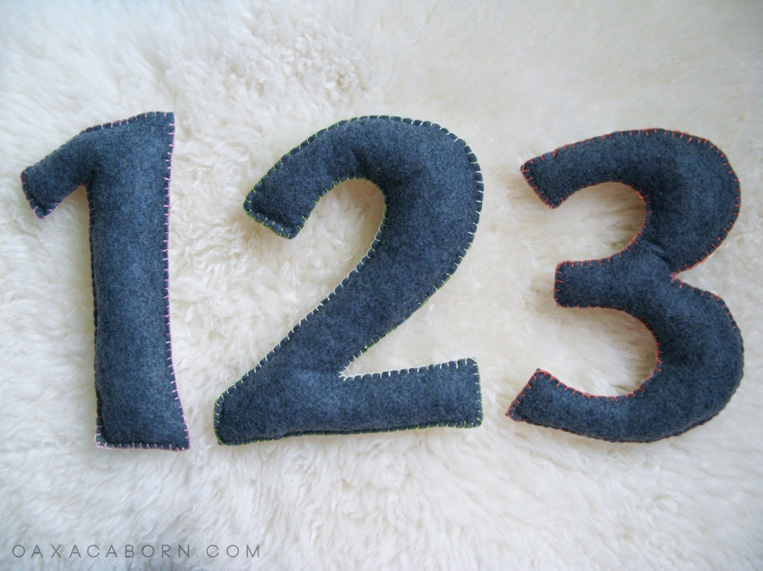 TUTORIAL - DIY Large Felt Numbers on the Oaxacaborn blog