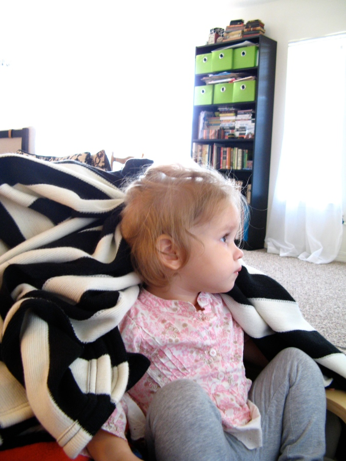 Toddler in living room - photo via Oaxacaborn dot com
