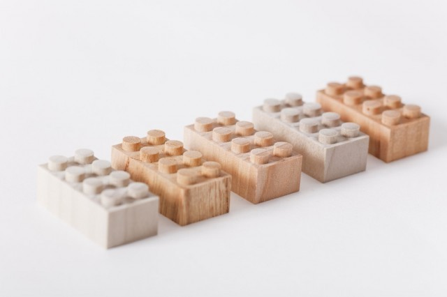 2 - Mokurokku wooden building bricks via Iichi as seen on Oaxacaborn dot com