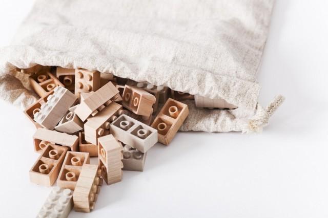 Mokurokku wooden building bricks via Iichi as seen on Oaxacaborn dot com