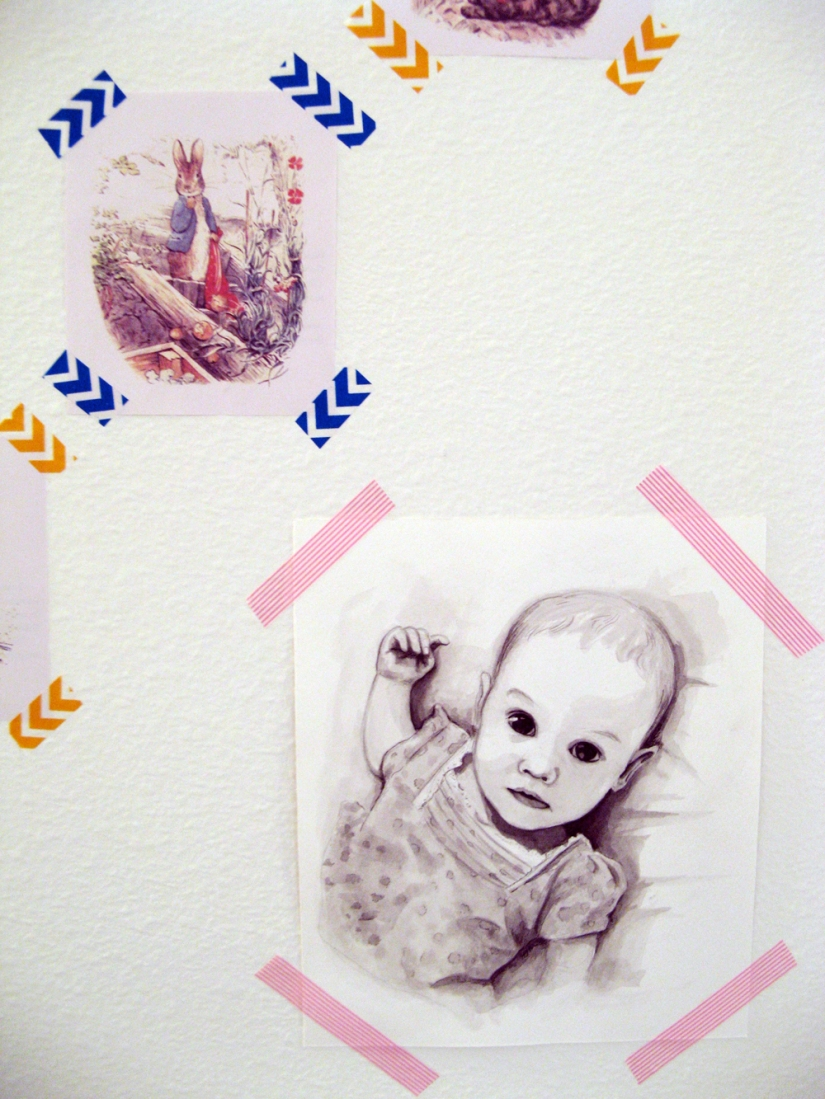 Aveline's room tour via Oaxacaborn - Original portrait washi taped to wall