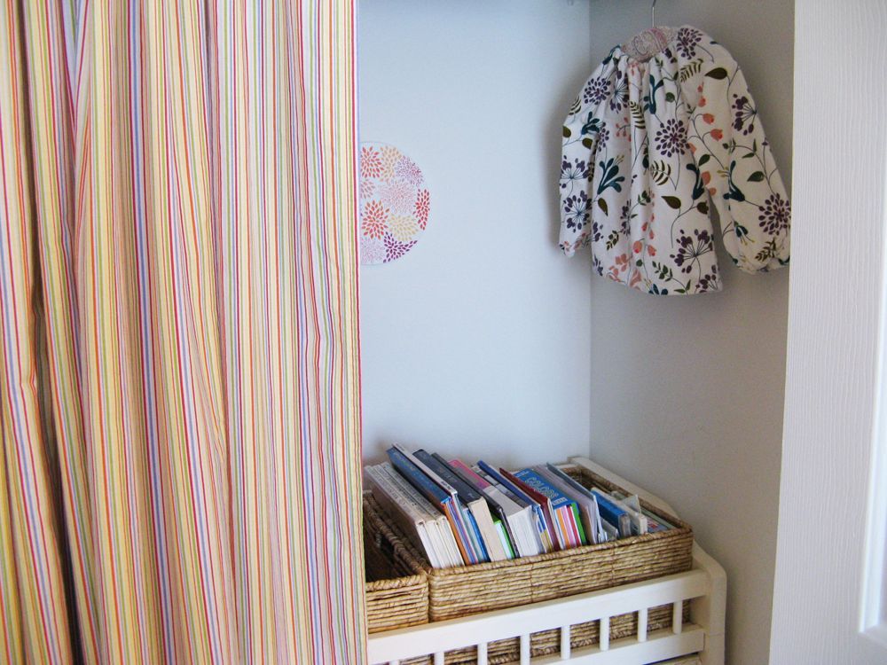 Aveline's room tour via Oaxacaborn - Changing table in closet converted to book and toy storage