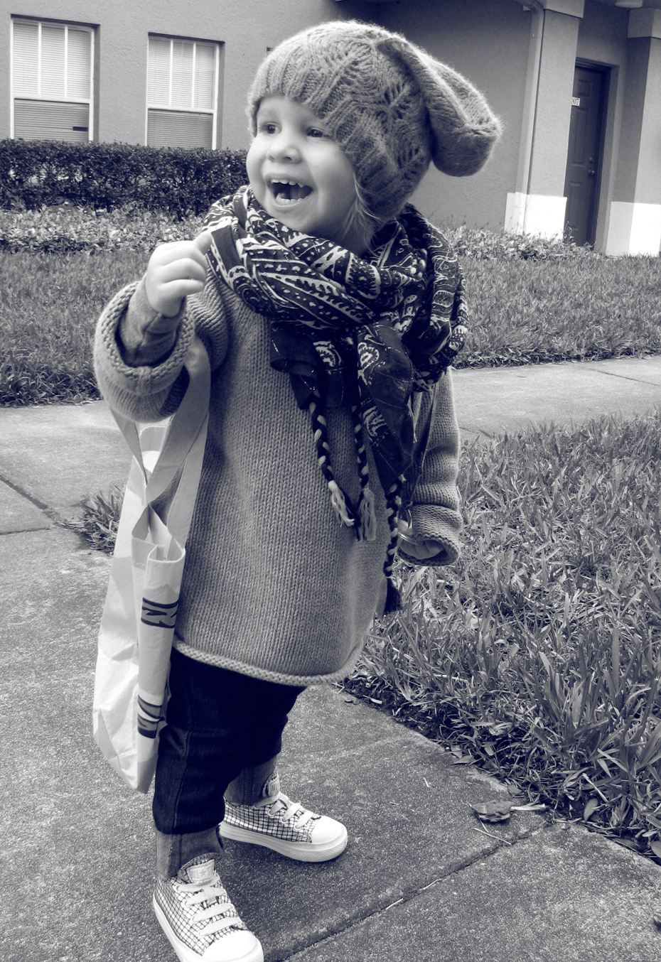 Toddler Style - Aveline in oversized beanie, scarf, and bag