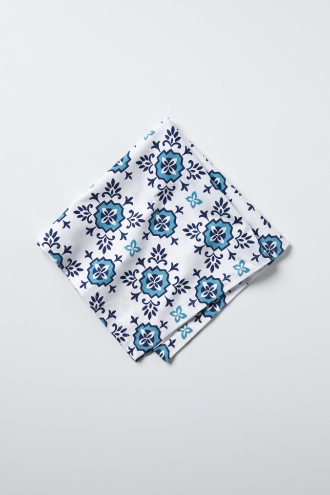 10 Cobalt Blue Patterns for Inspiration on the Oaxacaborn blog - Anthropologie Napkin