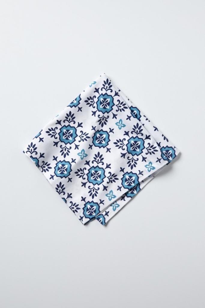10 Cobalt Blue Patterns for Inspiration on the Oaxacaborn blog - Anthropologie Napkin