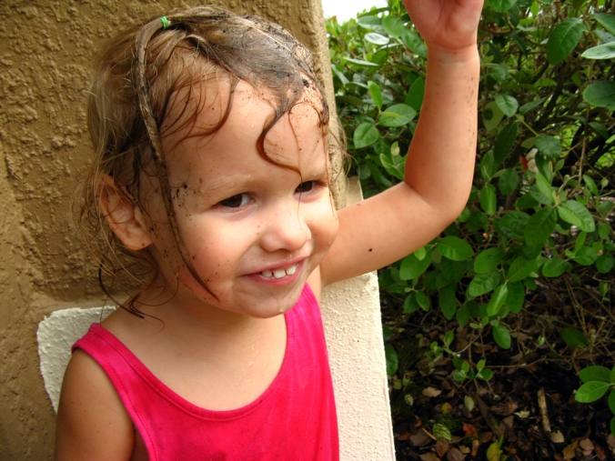 Toddler with muddy hair via Oaxacaborn