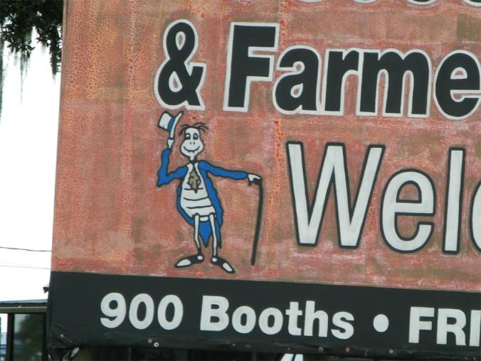 Creepy turtle on Flea and Farmers Market sign