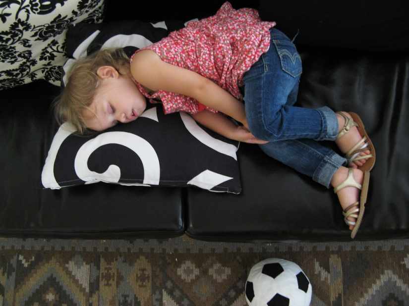 Aveline sleeping on the couch