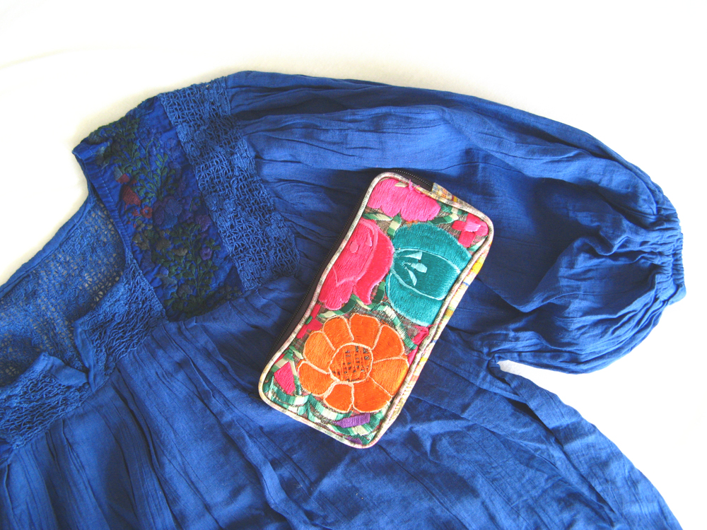 Beautiful Oaxaca embroidered blouse and embroidered coin purse wallet - Textiles from Oaxaca Mexico