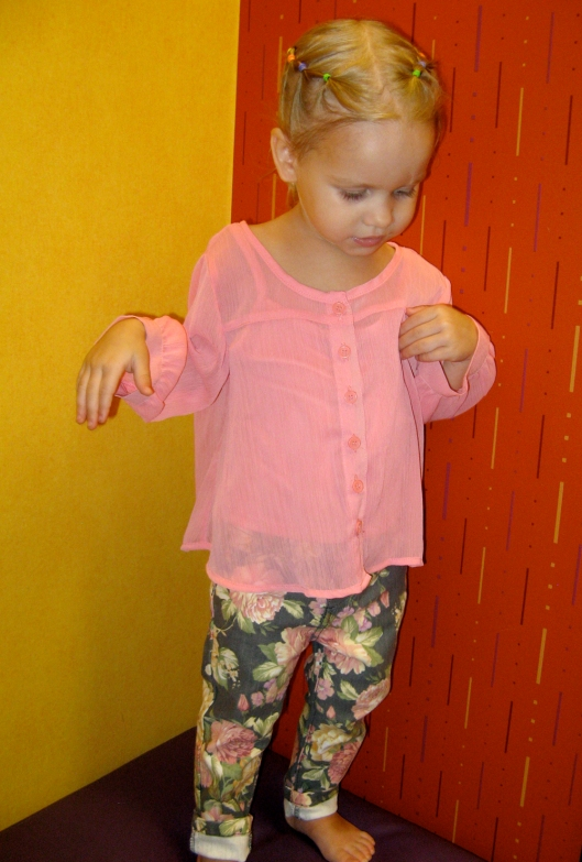 Image - Aveline Alenka in JCP JCPenney Back to School Collection - FirstDayLook Toddler Style - Pink Blouse and Floral Denim on the Oaxacaborn blog 2