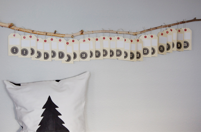 Advent Calendar via Dandee Designs via Advent Calendar Ideas on Oaxacaborn