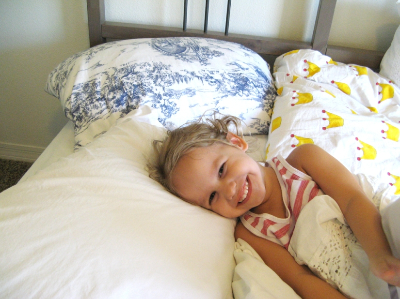 Mix and match Ikea bedding in white