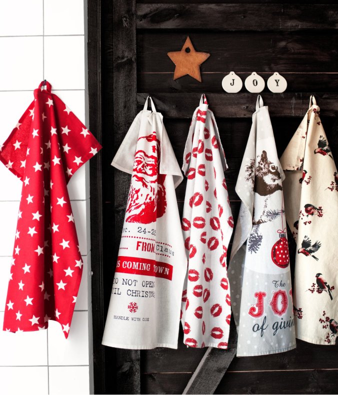 5 - H and M Home goods - Swedish Scandinavian Christmas