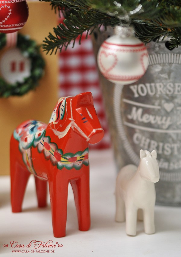 Advent Calendar and Dala horse via casa di falcone blog