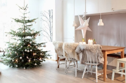 Inside %22My Scandinavian Home%22 blogger's house at Christmas