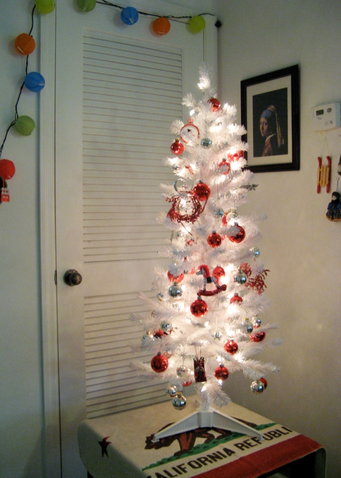 Oaxacaborn blog - California Flag under Tree - Red and Silver Ornaments on a White Tree