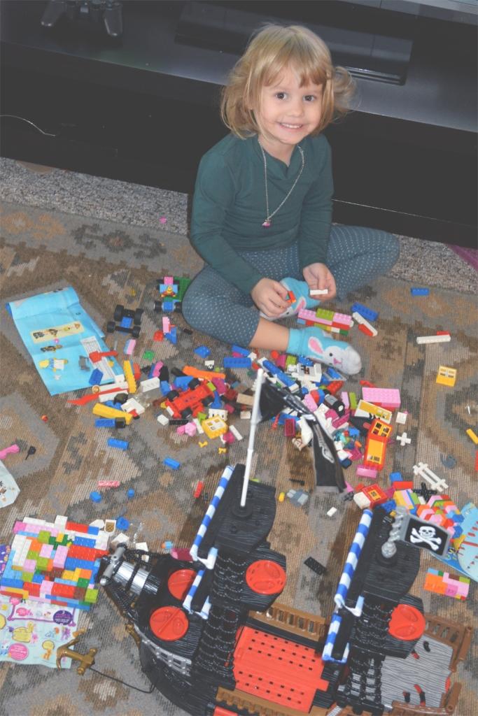 Modern legos for girls