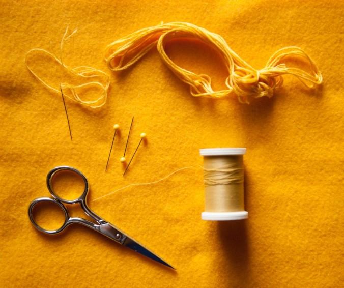 DIY Felt Food Tutorial for Swedish Lussekatter, by Linnea Farnsworth for the Oaxacaborn blog
