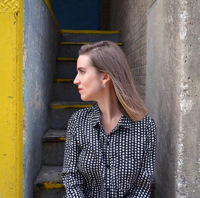 WEB_Stairs_Portrait_Gina_Munsey_2017