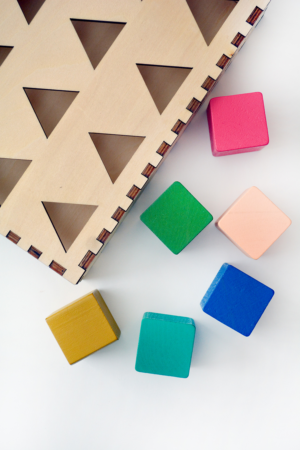 Chroma Cube: A Single-Player Game for Gameschooling in your homeschool